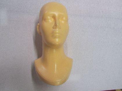 Plastová hlava dámská