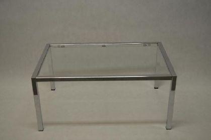 Pochromovaný rám prodejního stolu 1200x600x600