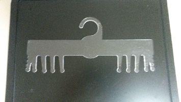 Plastové ramínko na prádlo a plavky