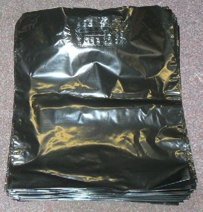 LDPE taška průhmatem, černá, velikost: 380x440mm