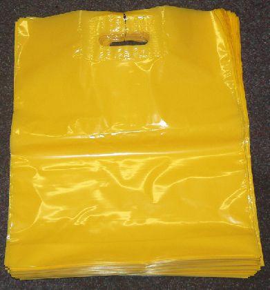 LDPE taška průhmatem,zlutá, velikost: 380x440mm.